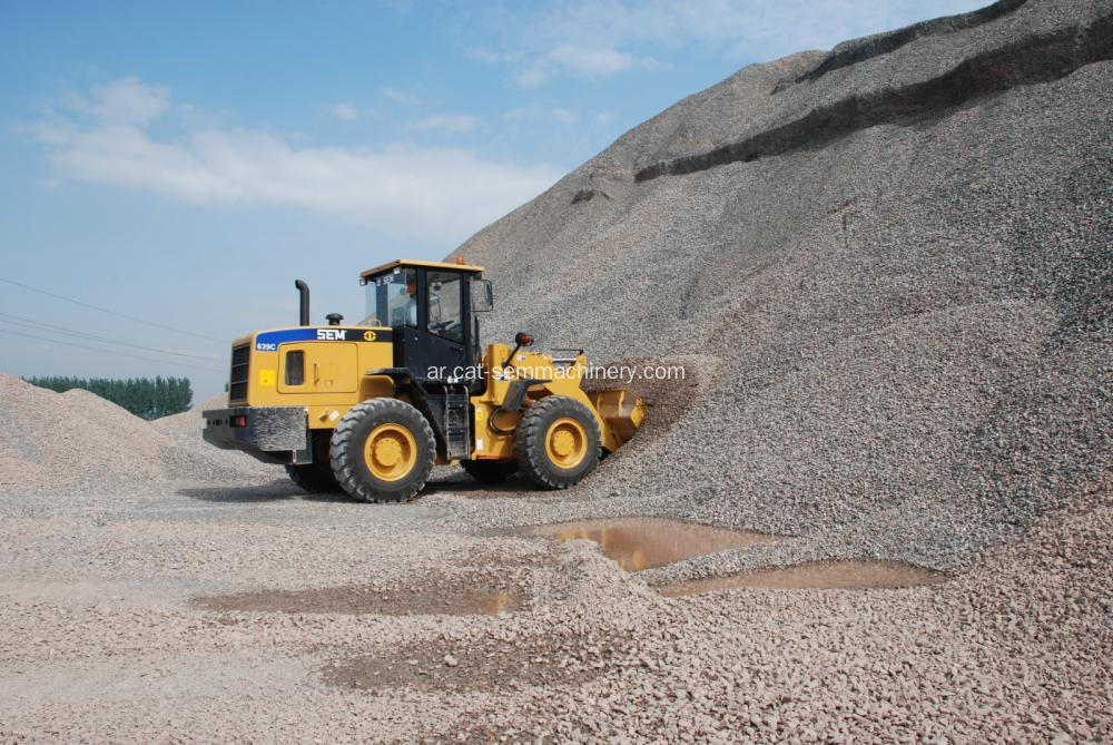 SEM639C Wheel Loaders 3tons Quarrying Port مناولة البضائع