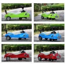 Twist Car con música y luz intermitente, Baby Swing Car