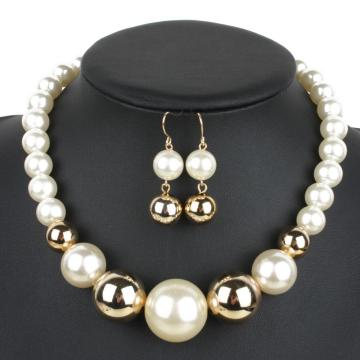 Choker Pearl Necklace dan Earrings Set Murah