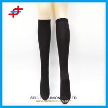 Китай пользовательских носок производителя, мужчины классический сплошной цветной человек труба носок, трубка чулок для человека