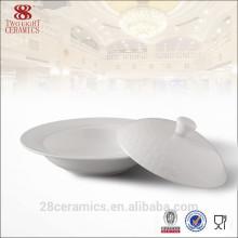Sopera de cerámica blanca fina para el hotel, sopera de porcelana con tapa