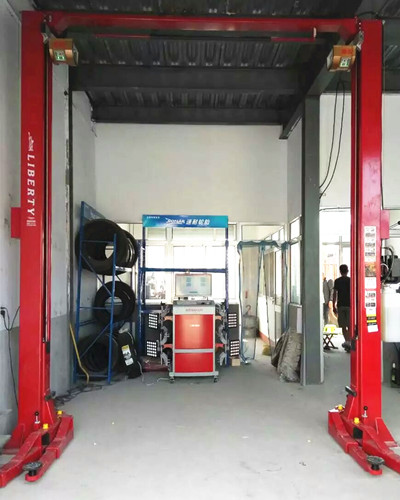 High-Tech Wheel Alignment System