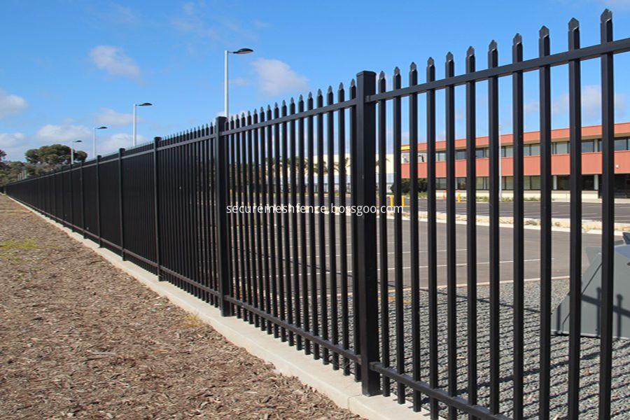 spear top steel fence