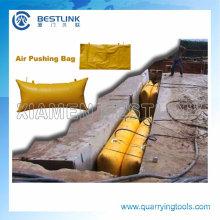 Empujando la bolsa de aire para el corte del bloque de mármol de fábrica