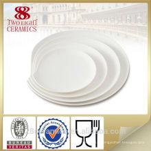 Plaques de restaurant en céramique royale de gros, plat de plat de porcelaine de restaurant