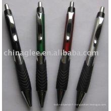 Poussez le stylo à bille en plastique