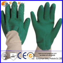 Crinkle Finish latex coated green safety gloves