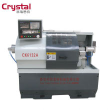 Präzisions-CNC-Drehmaschine Spezifikation CK6132A Drehbankbefestigung