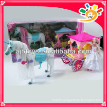 "Plastic beautiful horse carriage B/O horse carriage with 9"" doll"
