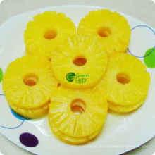 Konserven Ananas Frucht im hellen Sirup