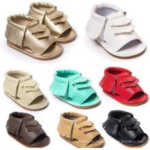 Las zapatillas de deporte del verano de las muchachas del bebé borlas de moda sandalias de los mocasines de la suela suave