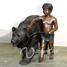 decoração do jardim ao ar livre metal artesanato tamanho vida urso e menino estátua