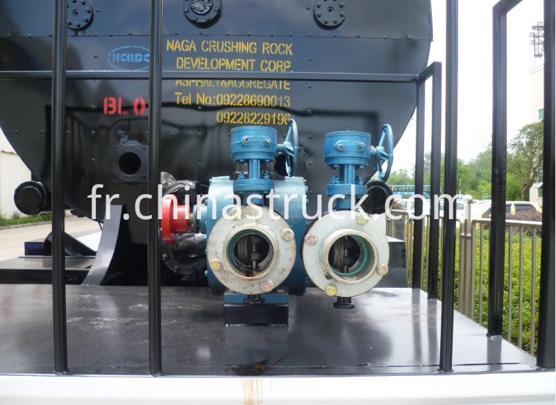 30M3 bitumen tank semi-trailer with pump