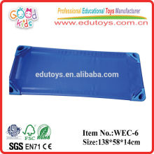 Mini cama de aleación de aluminio y tela de malla para niños