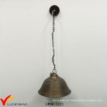 Retro metal forma de hierro asequible Popular iluminación colgante