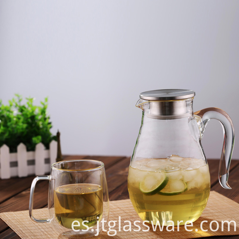 Ice Tea and Juice Beverage Glass Pitcher with Lid