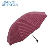 Promotionnel Personnalisé impression impression Conception Portable Simple Couche Mini Forte Blanc Lignes Imprimé 3 Pliant Parapluie Usine Chine