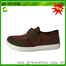 Fashion Factory Cheap Price Popular Injection Molded Shoes