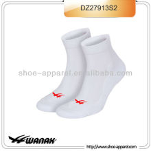 2013 neueste Mann Sport Socke Hersteller, Socken Sport