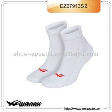 2013 новые мужчины производитель спортивные носки,носки спортивные