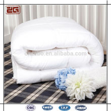 220GSM Duck Down Filling Comfortable White Hotel Duvets / Quilts