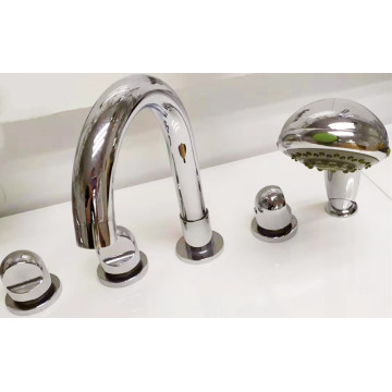 Five Lubang Bathtub Mixer Faucet For Bathroom