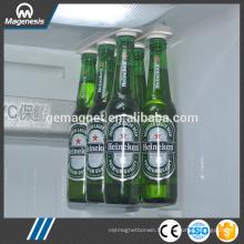 Loft de bouteille, cintres magnétiques de bouteille / support pour la bière et les boissons, bandes magnétiques de réfrigérateur de stockage de bouteille Bottleloft