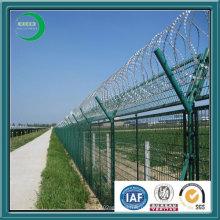 Сделанный в Китае колючая проволока из проволочной сетки для ограждения аэропорта
