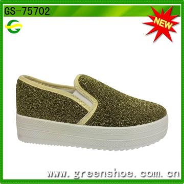 Vente en gros nouveau style Cool Style femmes hautes chaussures de toile de plate-forme