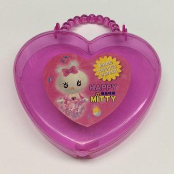 Plastic heart shaped portable gift box