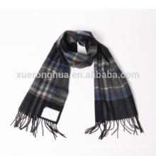 Bufanda de cachemira pura del patrón de tela escocesa del 100%