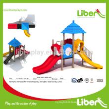 Multiple Slides Équipement de terrain de jeu extérieur de haute qualité Série Straw House
