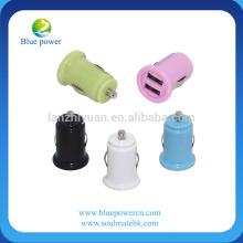 Produit le plus chaud !! 2 usb port 5v 2a mini chargeur de batterie pour voiture