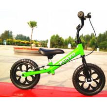 Vélo d'équilibre de formation de voiture de glissière de bébé