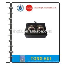 Bouton de manchette en métal avec boîte cadeau noire