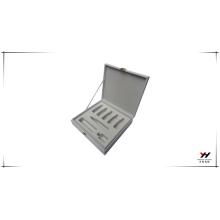La mejor calidad y precio razonable con diseño de moda con forro de plástico caja de lujo personalizada
