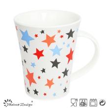 Belle tasse de café cinq étoiles en forme différente