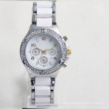 Женский пол и спортивный Шарм мода Кварцевые Тип дешевые женские часы