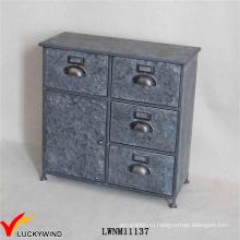 Художественный антикварный шкаф для хранения в винтажном металле