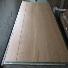 Suelo de madera de roble de ingeniería natural engrasado