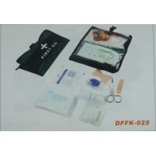 Travel First Aid Kit with Basic Medical Equipment (DFFK-025)