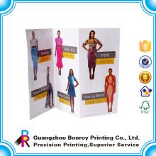 Guangzhou hizo ventas calientes de lujo mate papel de arte diseño personalizado folleto de diseño