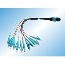 8 núcleos / 12 cabo de remendo óptico MPO / MTP da fibra dos núcleos Om3 Om4 / 24cores