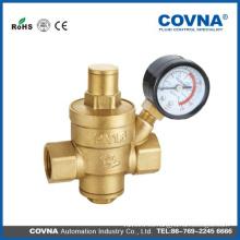 Válvula de seguridad o válvula reductora de presión PN16 con manómetro