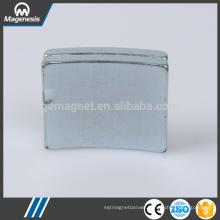 China factory price quality assured ndfeb screw shaped fridge magnet