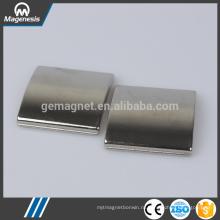 Производитель Китай золото последний керамического феррита горшок магнит