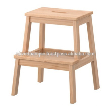 Banqueta de madeira: novo tipo de escada para crianças