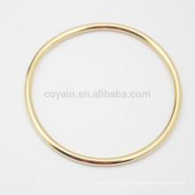 Comprar a partir de China barato aço inoxidável simples design pulseira círculo de ouro