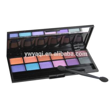 Тип Eye Shadow и разноцветные цвета теней для век
