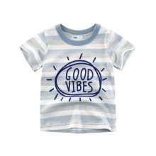 Детская футболка с короткими рукавами и буквами
